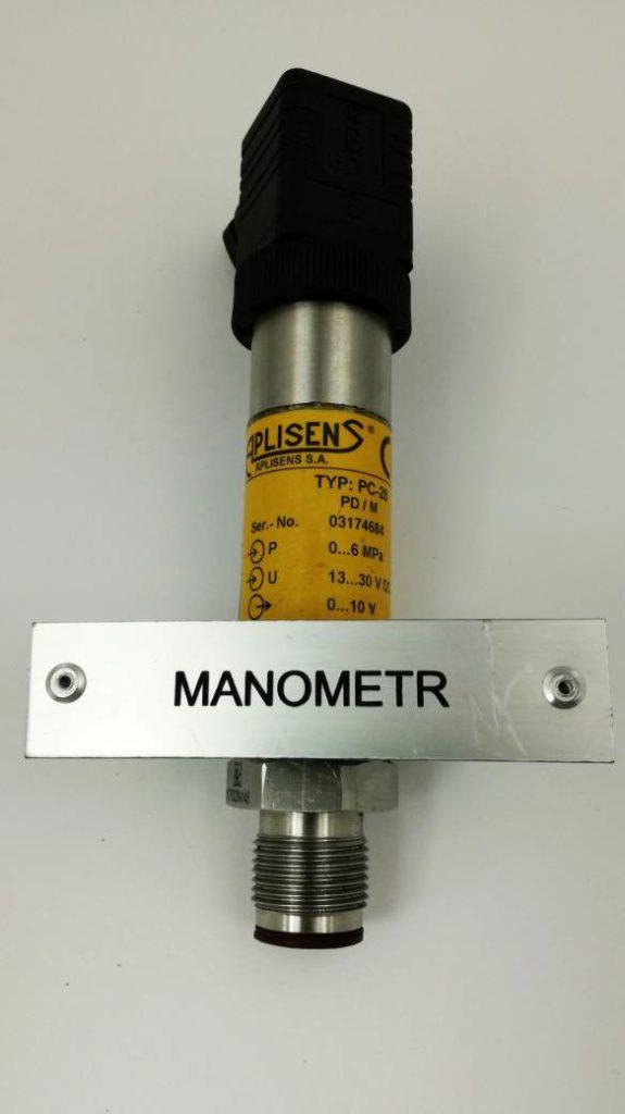tabliczka grawerowana do oznaczania czujników w instalacjach przemysłowych