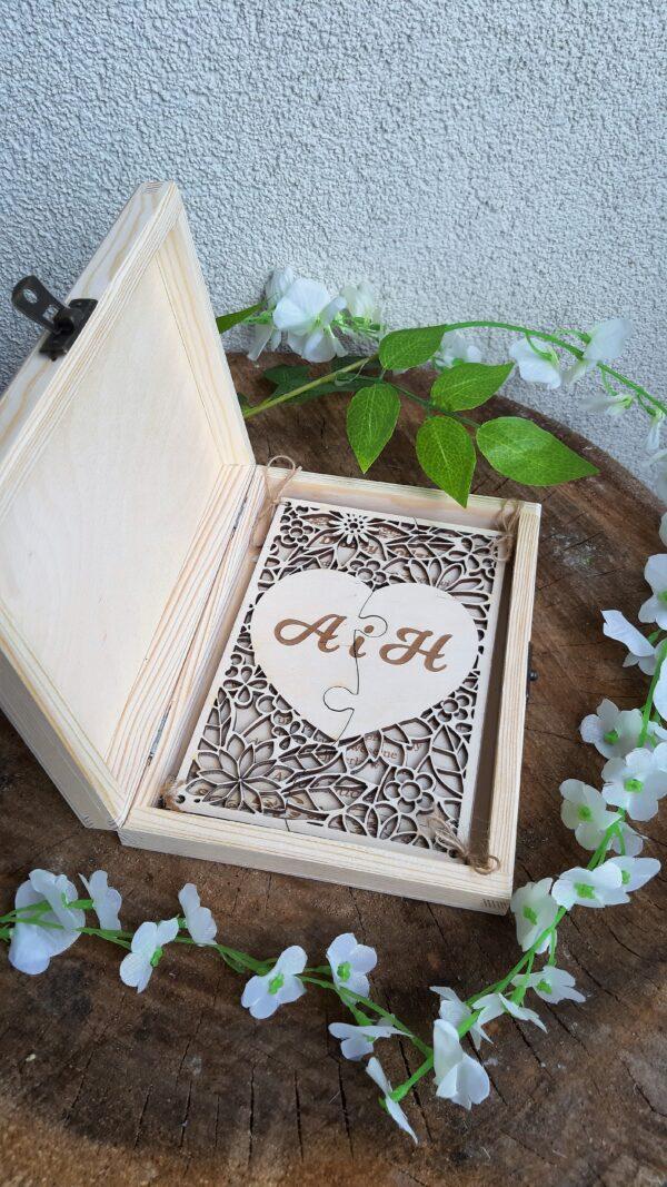 Zaproszenie dla rodziców na ślub; zaproszenia dla rodziców; zaproszenia ślub; zaproszenie wesele; zaproszenie rodzice; zaproszenie świadkowie; zaproszenie otwierane; zaproszenie drewniane; zaproszenia ekskluzywne; zaproszenia ręcznie robione; zaproszenie z kopertą
